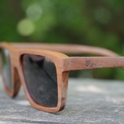 Owlet-Classic-lesena-sončna-očala-unisex