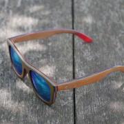 Owlet-WinterSkate-Blue-vrhunska-lesena-sončna-očala