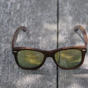 kvalitetna-modna-lesena-sončna-očala-Owlet-ModernAge
